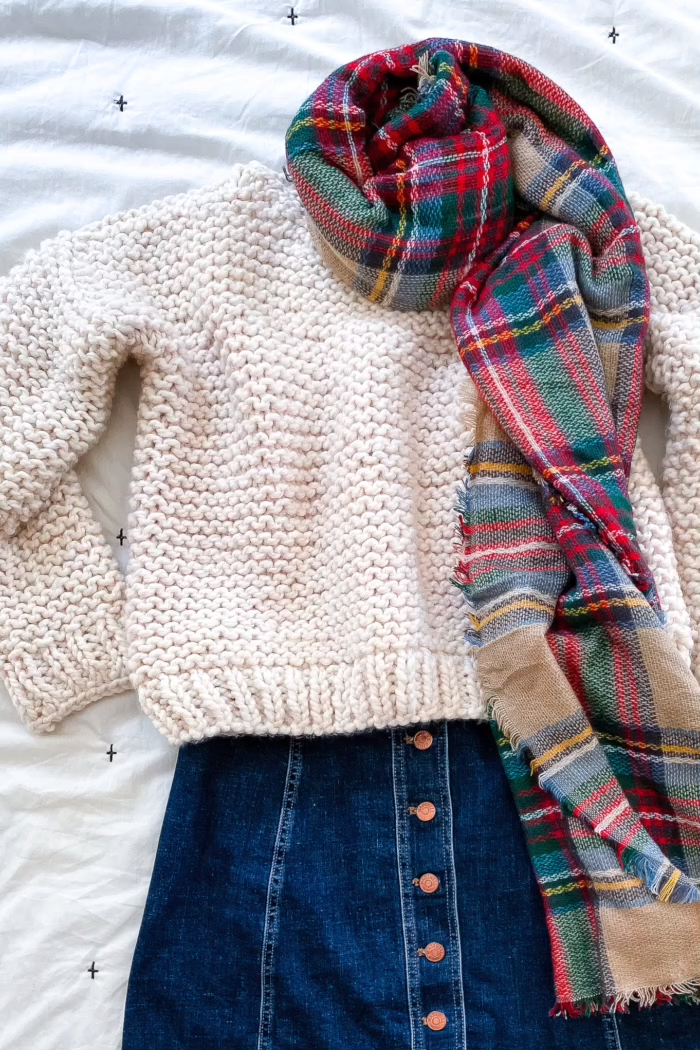 Photo of Free Knitting Pattern – Simple Sweater