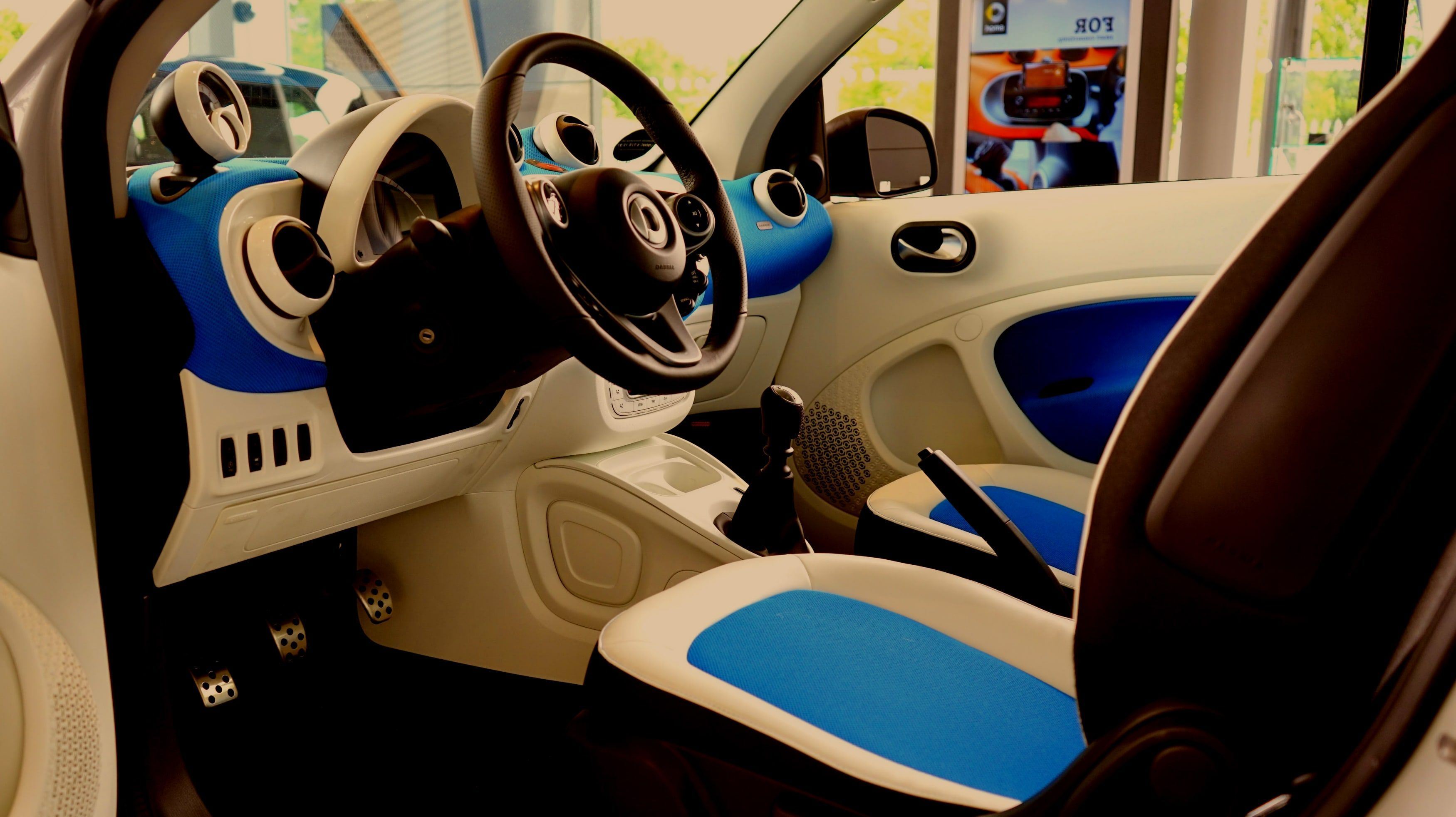 Best Products To Buy For Your Car – Car Gadgets India Online