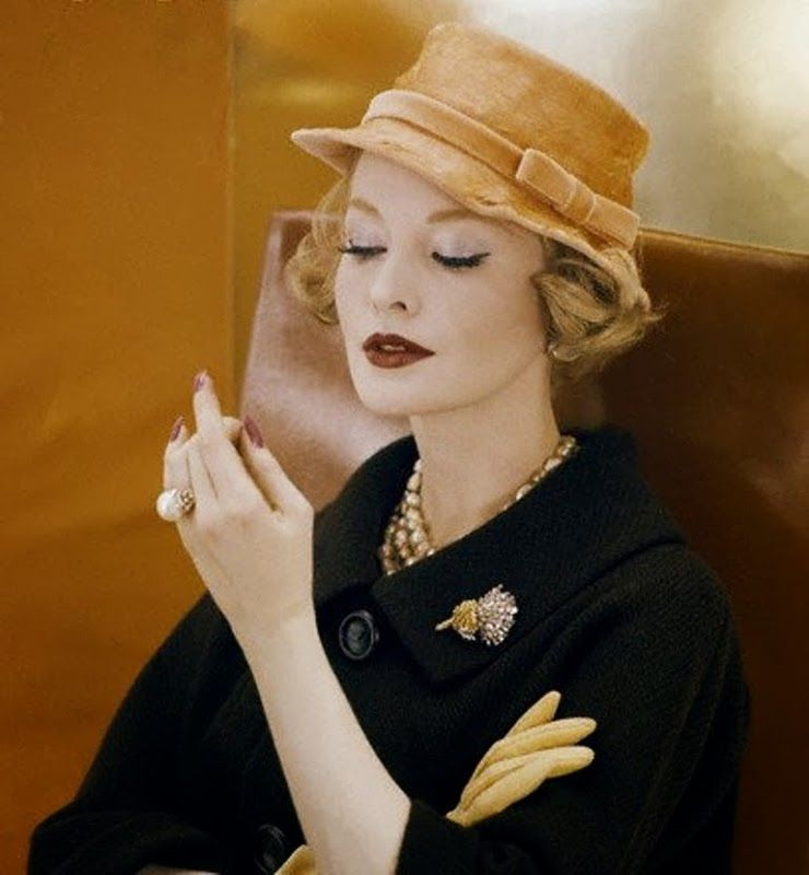 Hat by Adolfo of Emme, photo by Henry Clarke, 1959.