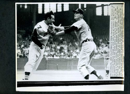 Jim Piersall fighting with Jim Bunning 1961 Wire Photo Cleveland ...