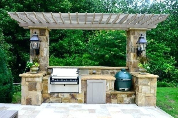 Outdoor Kitchen With Big Green Egg Cypress Counter Andoutdoor Kitchens By Usa Grill Patio Located In Jupiter Fl 15 Inch Mcd Outdoor Kitchen Smoker Big Green E In 2020 Outdoor Kitchen