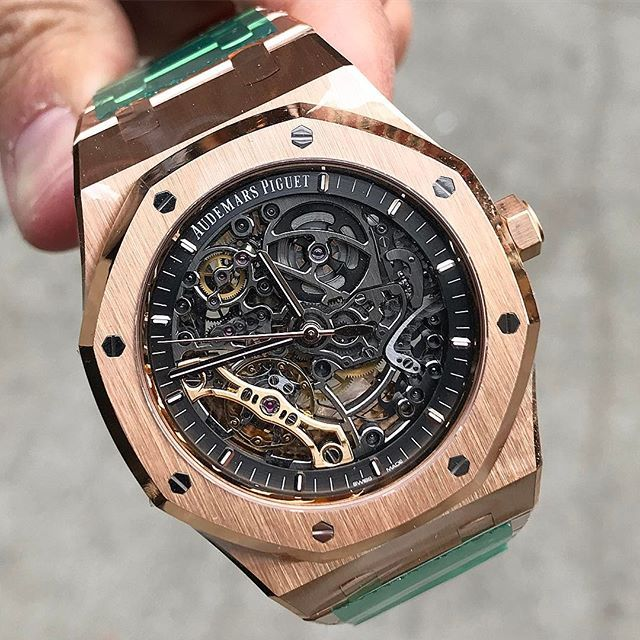 Wow Congrats 👏👏to Jack C. in #NJ #SOLD ✔2nd one this week #AudemarsPiguet 41M #RoyalOak Double Balance Wheel Openworked Rose model 15407 retails $76,800. Thanks for your continued business and trust my brother 🙏🙏.