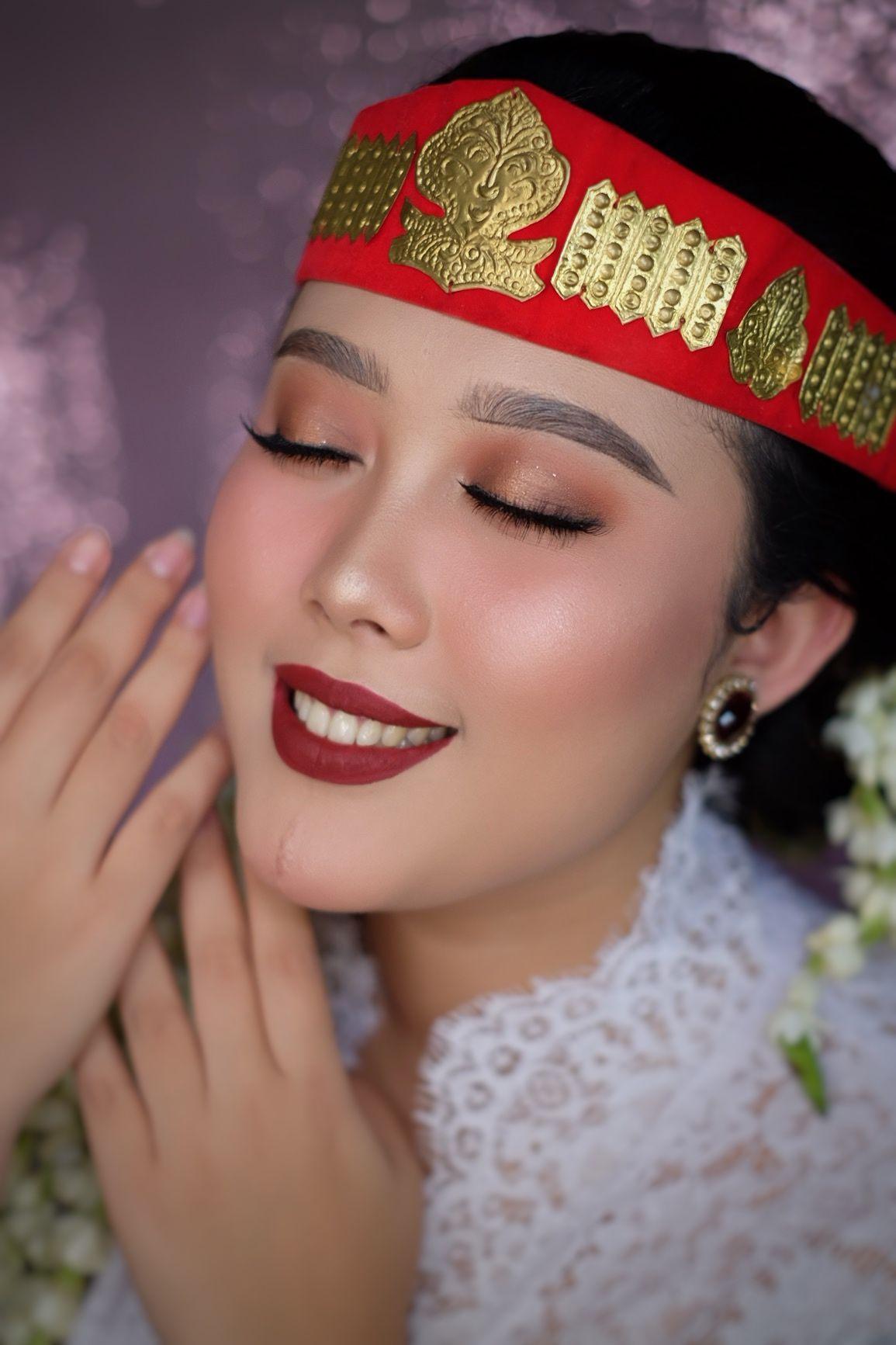 Pengantin Batak Toba Makeup By Meydaasad Indonesianwedding Indonesianart Indonesia Batak Bataknese Sortali Pengantin Makeup Pengantin Make Up