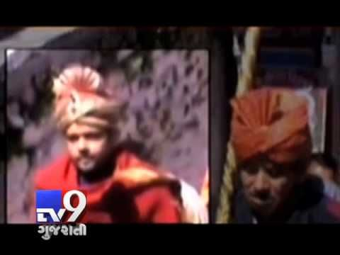 The priest of Badrinath Temple, named Keshav Prasad has been arrested on charges of molestation and he tried to assault a woman in hotel. The priest was suspended from his post after news of his arrest reached temple officials. For more videos go to  http://www.youtube.com/gujarattv9  Like us on Facebook at https://www.facebook.com/gujarattv9 Follow us on Twitter at https://twitter.com/Tv9Gujarat
