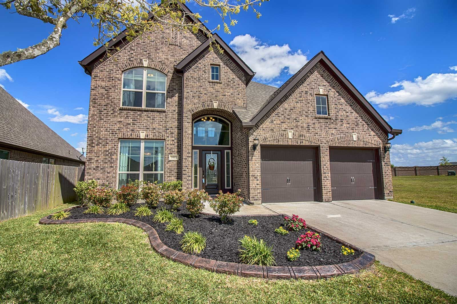 Fabulous culdesac story bd ba home for sale in pearland