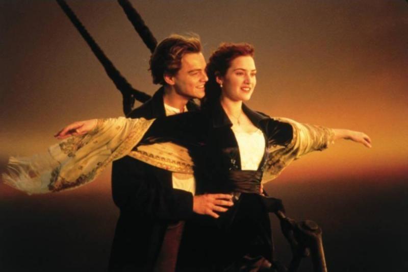 jack and rose dancing on titanic google search タイタニック タイタニック 映画 恋愛映画