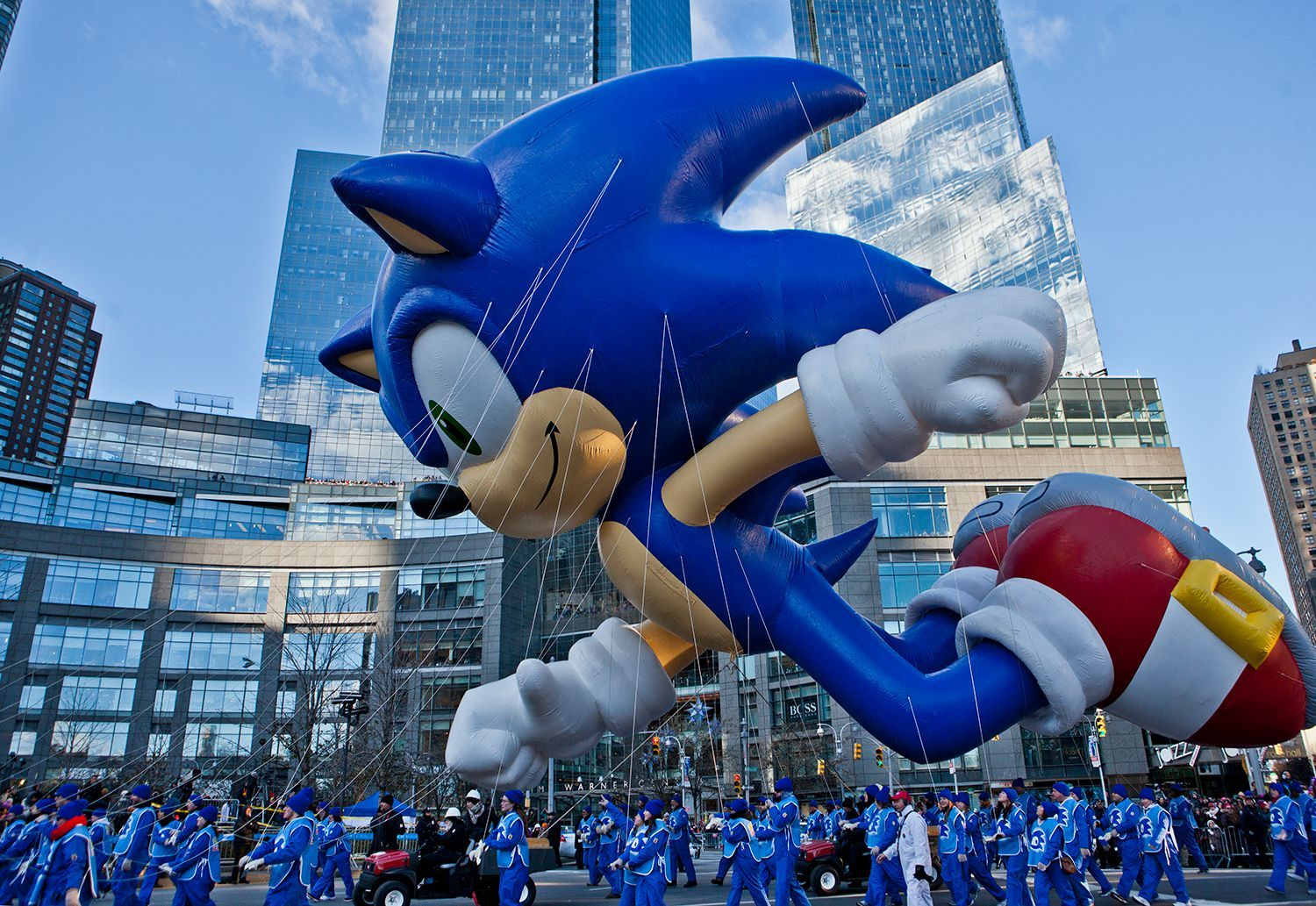 How To Have The Most Fun At The Macy S Thanksgiving Day Parade Macy S Thanksgiving Day Parade Thanksgiving Day Parade Thanksgiving Parade
