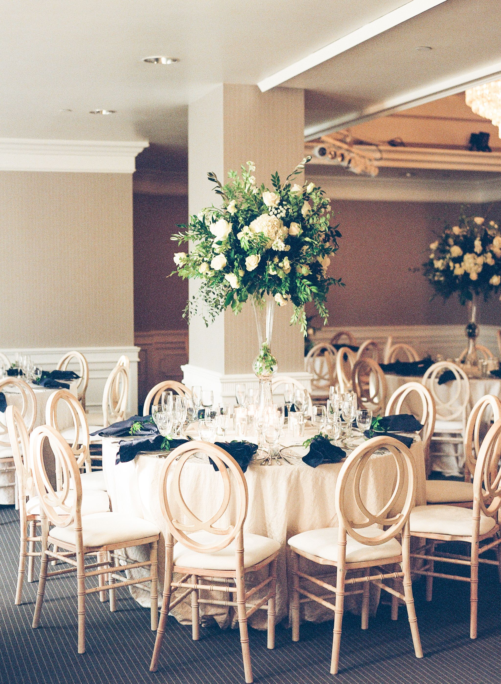 Modern West Hollywood Wedding At The London Hotel West Hollywood Wedding Tall Centerpieces London Hotels