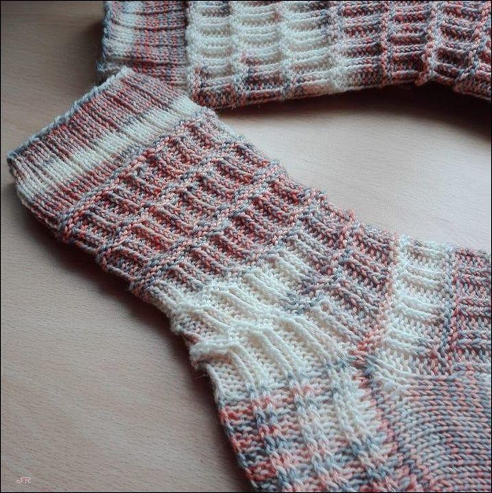 Pin von Donna Kuehl auf Knitting Patterns | Pinterest | Strümpfe ...