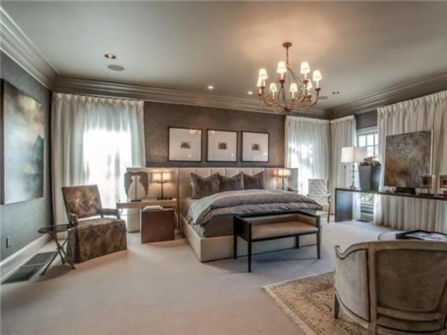 Best Pin By Hgtv Frontdoor Com On Celebrity Homes Luxurious 400 x 300