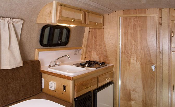 Light Weight Travel Trailers With Deluxe Interiors