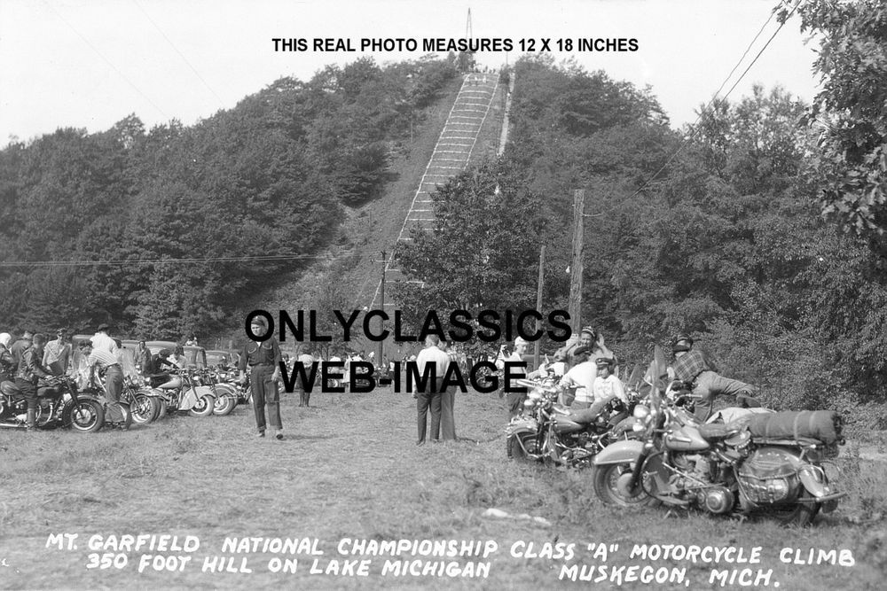 MOTORCYCLE HILL CLIMB RACE MUSKEGON MICHIGAN PHOTO-INDIAN-HARLEY DAVIDSON RACING