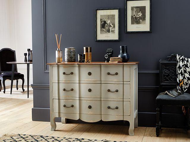 La peinture Charme, relooke et rénove tous vos meubles facilement