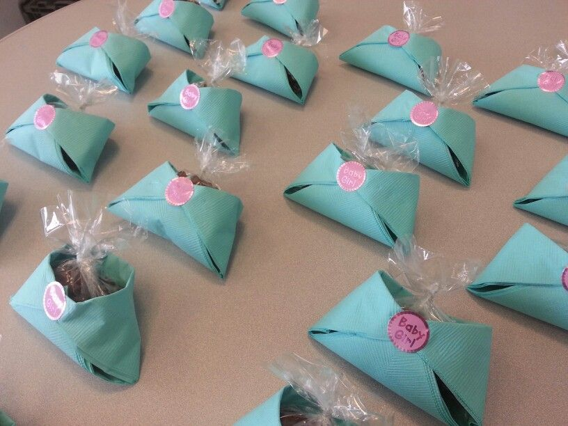 Baby Shower Favors Napkin Diapers ~ Napkin diapers with teddy grahams baby shower ideas