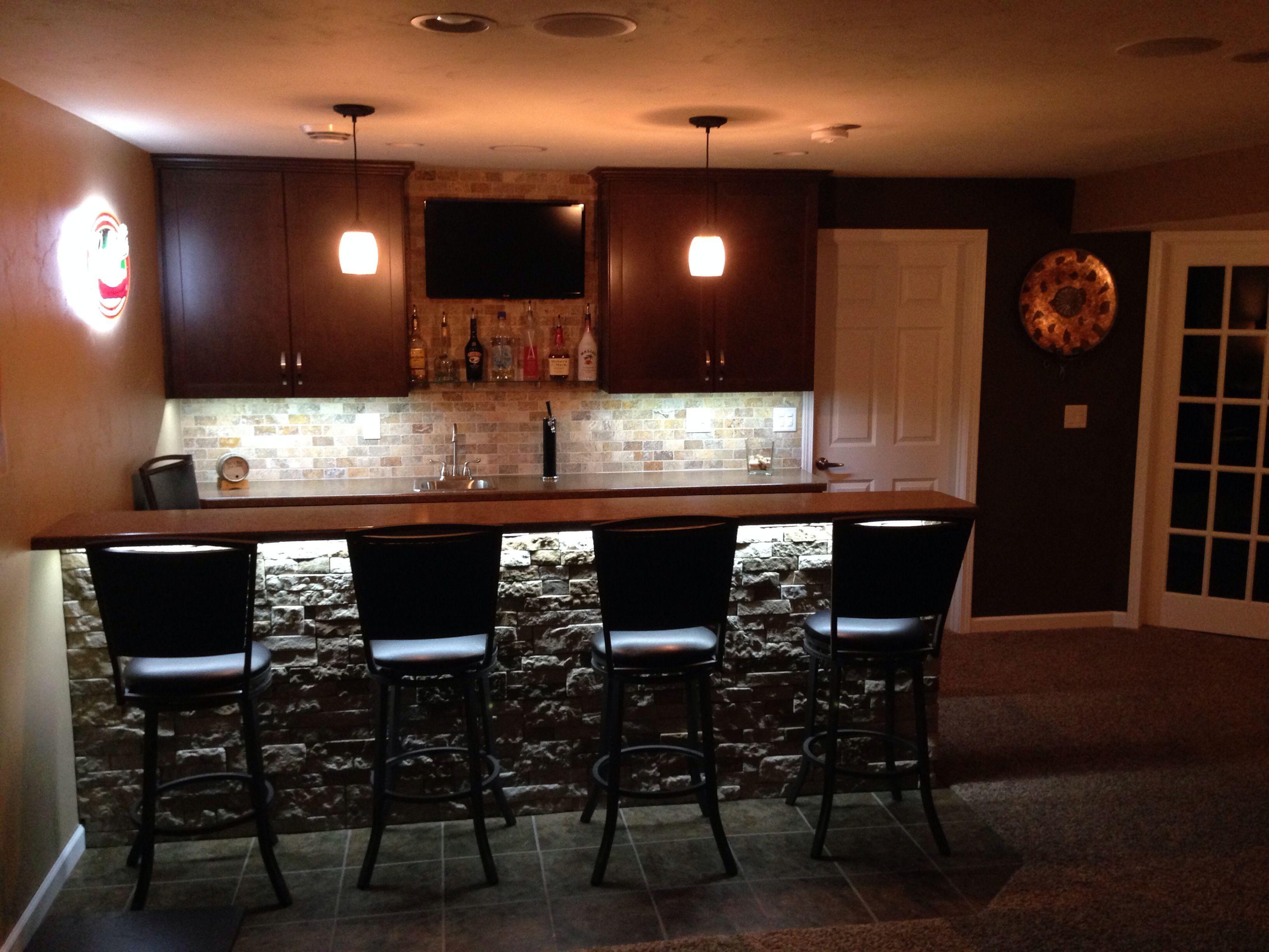 basement bar love the under bar lighting now house in 2019 rh pinterest com