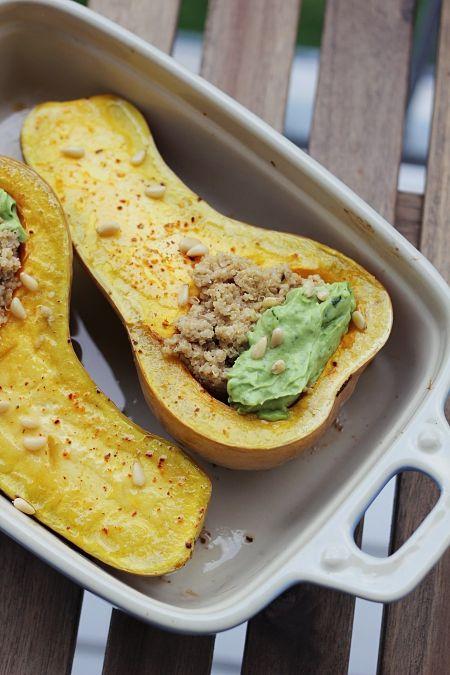 Hallo Herbst! Butternut-Kürbis mit Quinoa und Avocado-Dip – vegan
