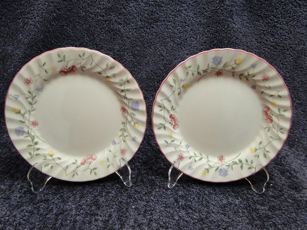 TWO Johnson Brothers Summer Chintz England 1883 Salad Plates 7 3/4  NICE! & TWO Johnson Brothers Summer Chintz England 1883 Salad Plates 7 3/4 ...