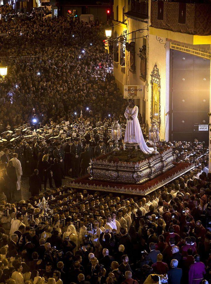 Procesion Cofradia Del Cautivo Lunes Santo Malaga Spain Www