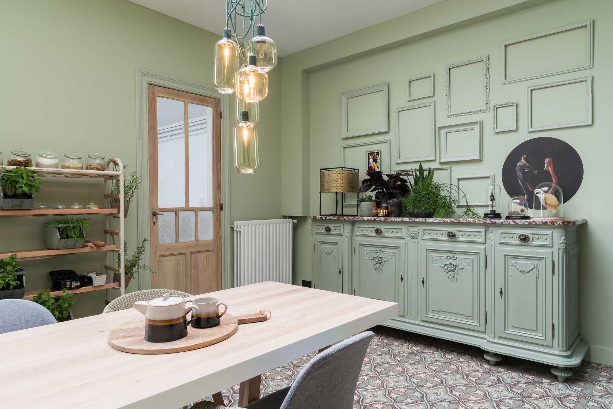 Paars Woonkamer Interieur : Heb je nog een paar kale muren in je woonkamer waar je helemaal op