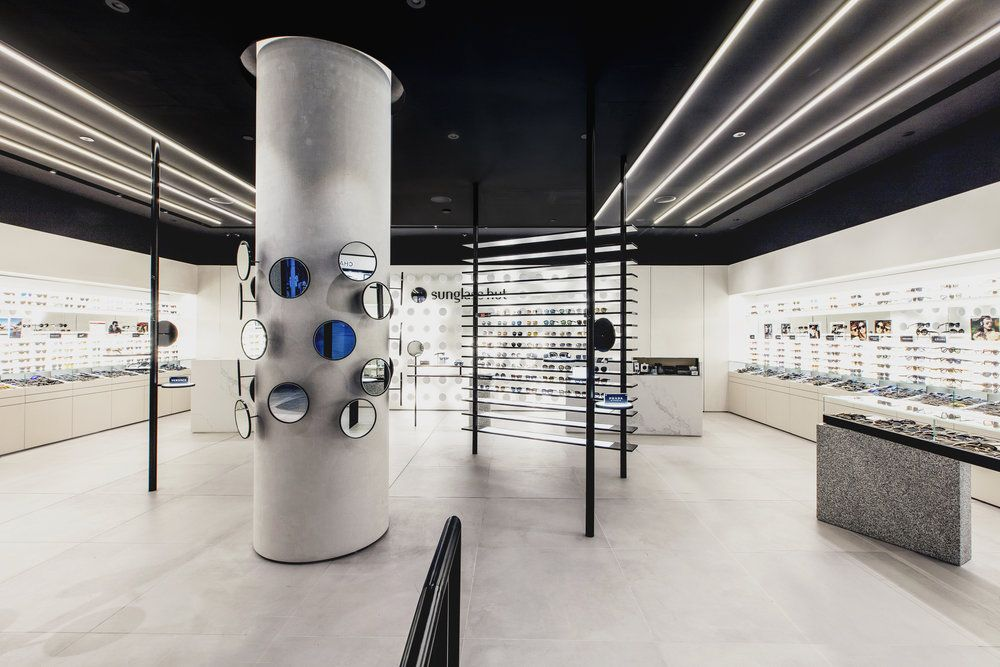 829ca52058f0 sunglasshut_melb_048_1 Retail Experience, Optometry, Sunglass Hut, Eyewear,  Columns, Melbourne, Campaign