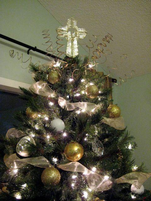 christmas tree ribbon horizontal google search - How To Decorate A Christmas Tree With Ribbon Horizontally
