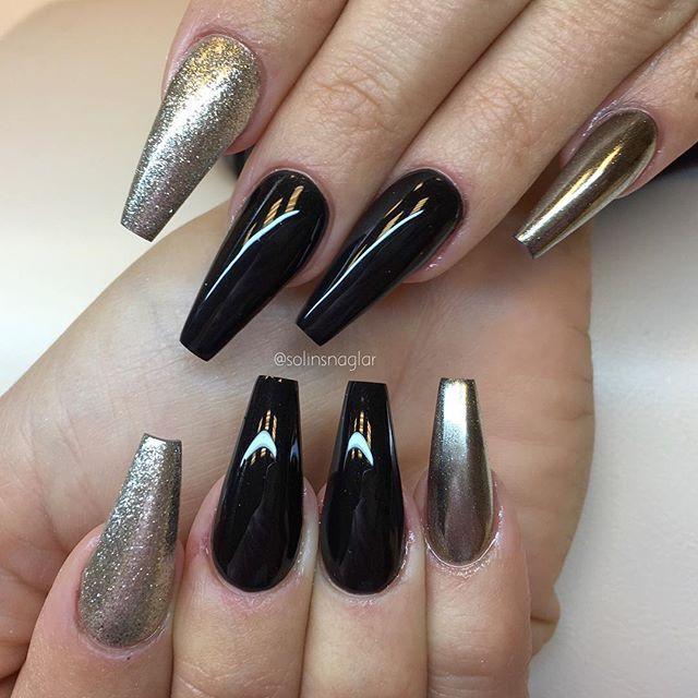 Black Och Chrome Steel Pa Klibbig Och Torr Yta Allt Finns Hos Lillynails Black Chrome Nails Black Coffin Nails Coffin Nails Designs