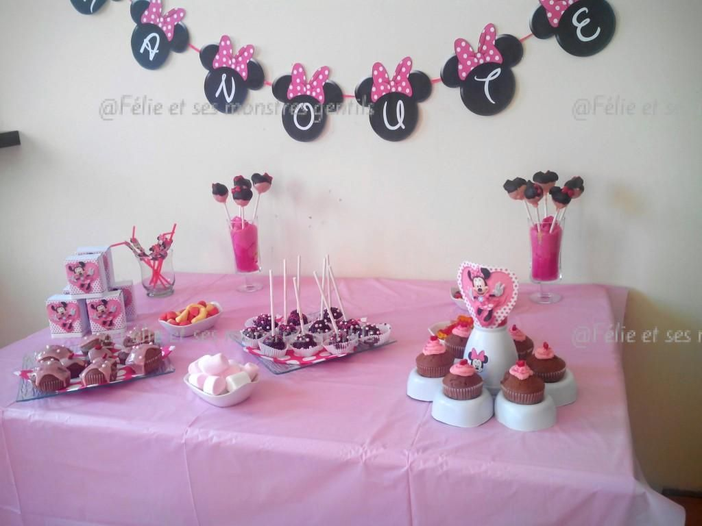 sweet table minnie anniversaire minnie th me minnie. Black Bedroom Furniture Sets. Home Design Ideas
