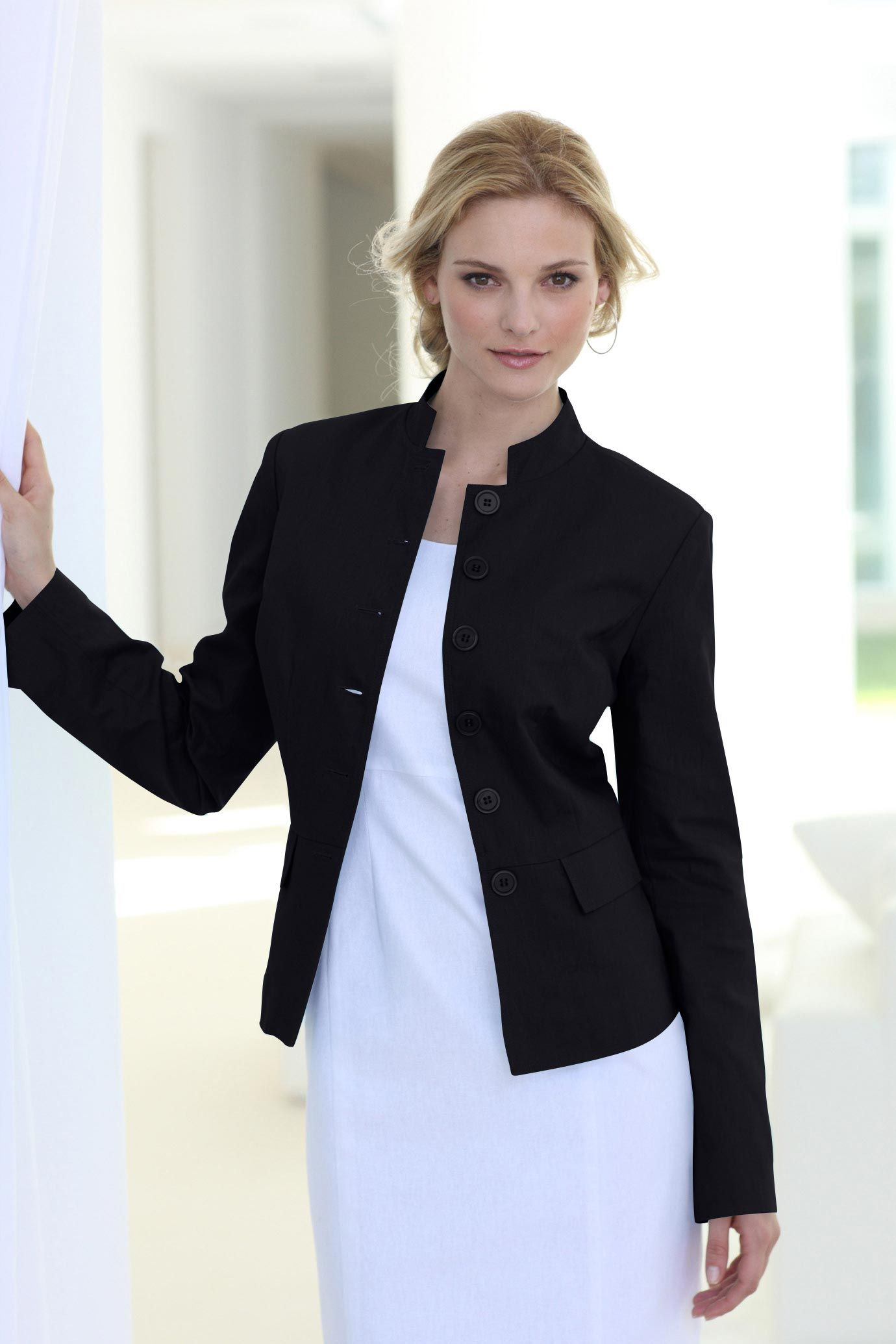 Find a great selection of women's blazers & jackets at getessay2016.tk Shop top brands like Vince Camuto, Topshop, Lafayette and more. Free shipping and returns.