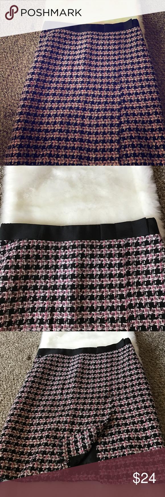 Skirt Tweed pink black white and gray classic business skirt. Uniform JohnPaulRichard Skirts Midi