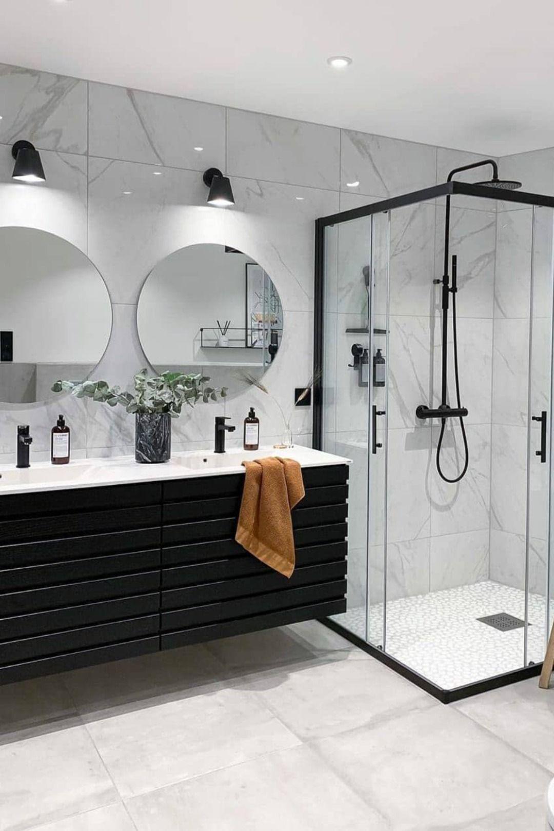 salle de bain blanche marbre moderne