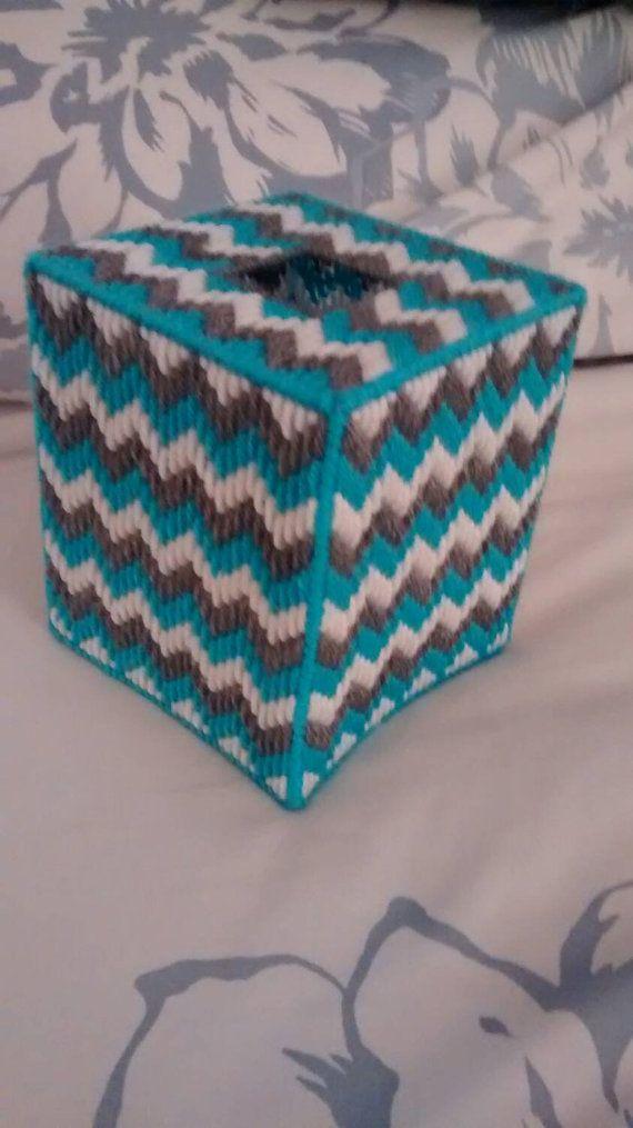 Plastic canvas tissue box cover p c tissue boxes for Tissue box cover craft