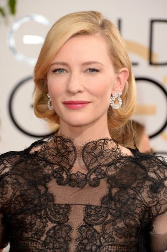 Cate Blanchett in Armani Couture at the Golden Gobes #refinery29