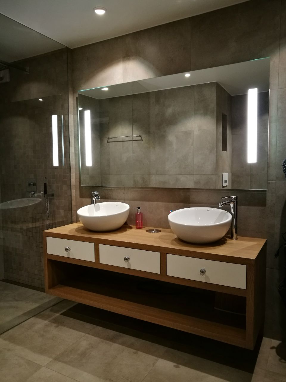Badregal ideen über toilette relatert bilde  wohnen in   pinterest