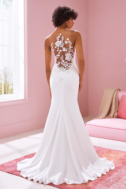 Brautmode 19 Tattoo-Spitze  Stylish wedding dresses, Formal
