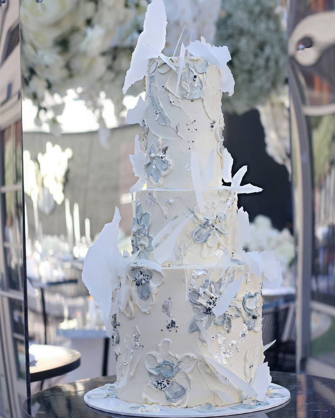 Hooray mag sukar australian cake design weddings wedding