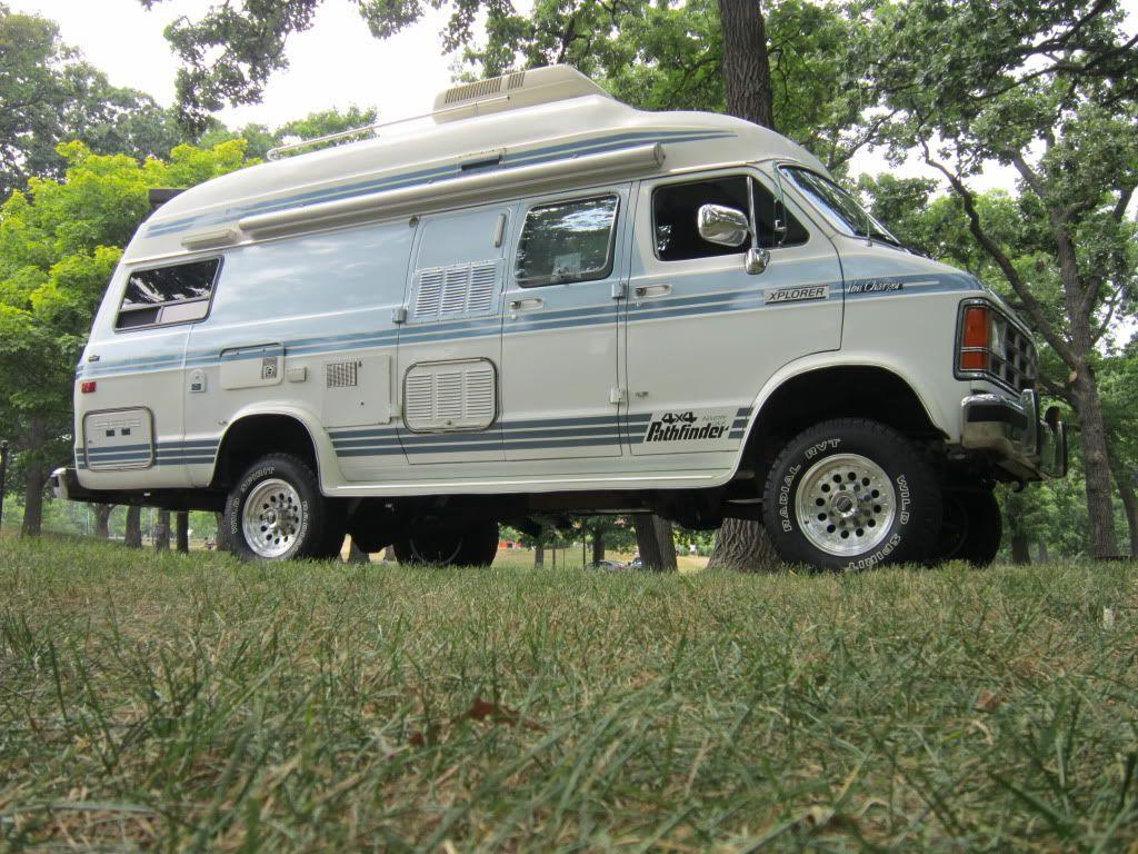 1989 Dodge Xplorer Camper Van Pathfinder 4x4 I would love to have an