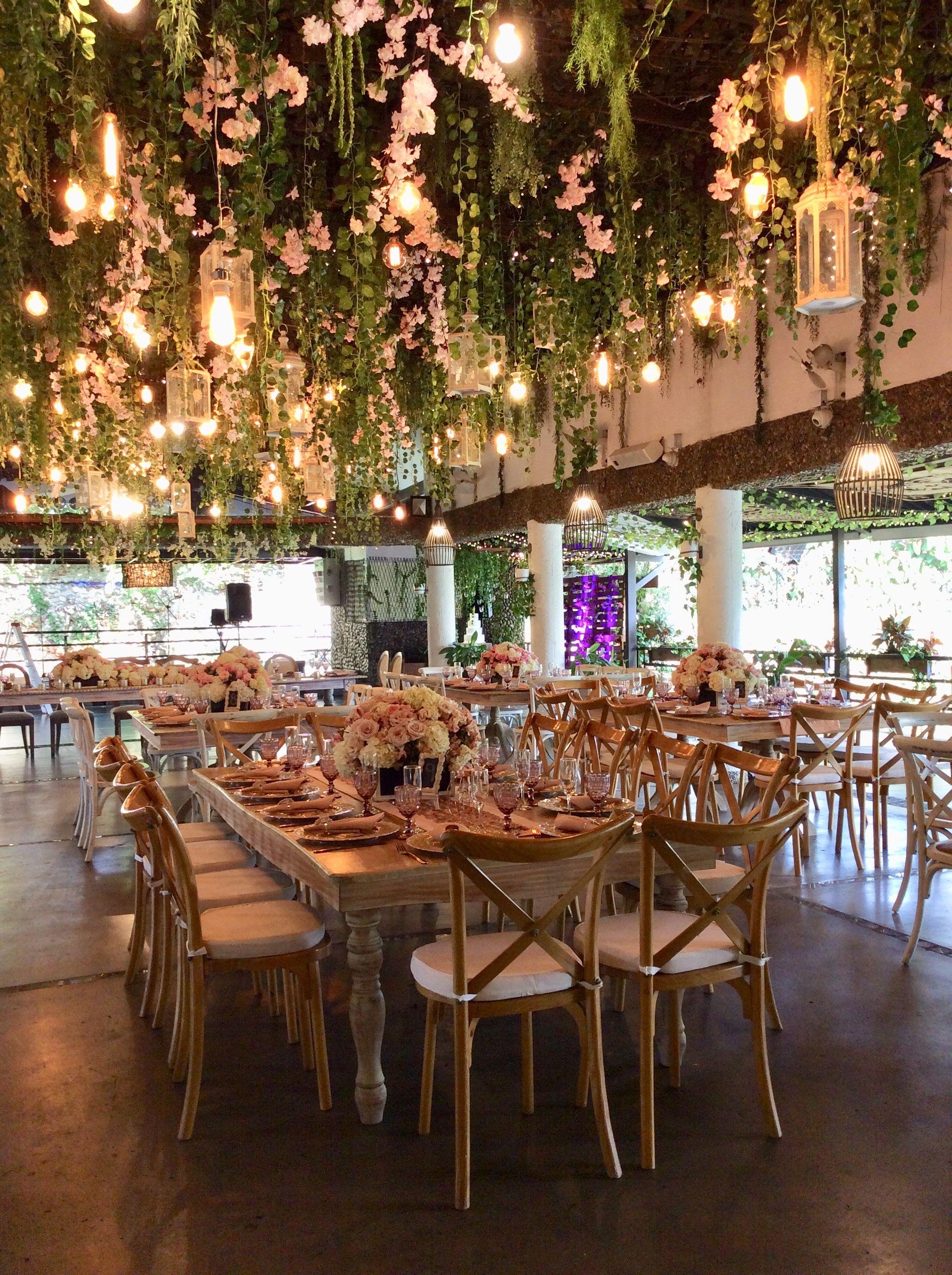 Pinterest Heyitssavxo Wedding Ceiling Wedding Venue