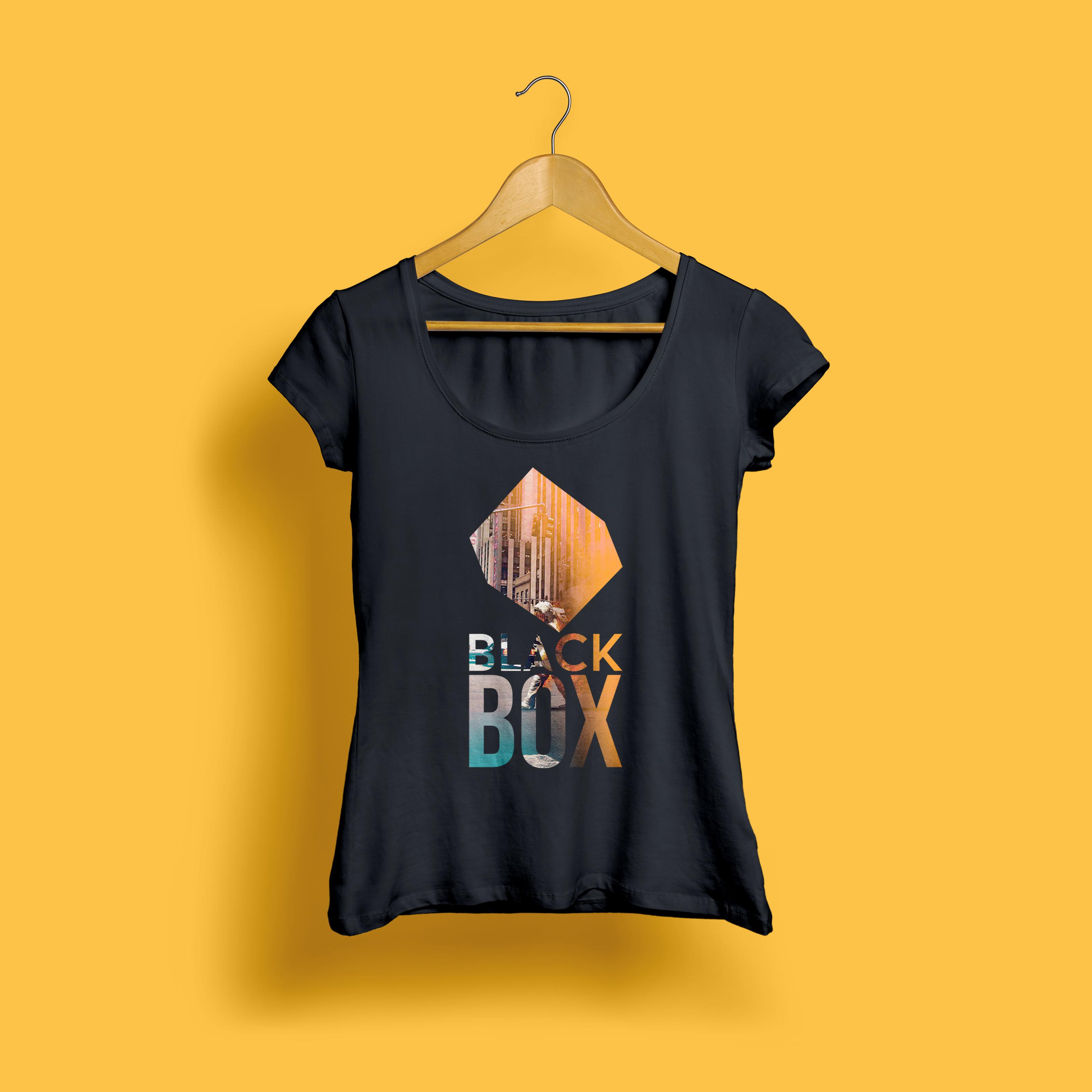 @tioroshii T-Shirt Black Box. Designer Tioroshi