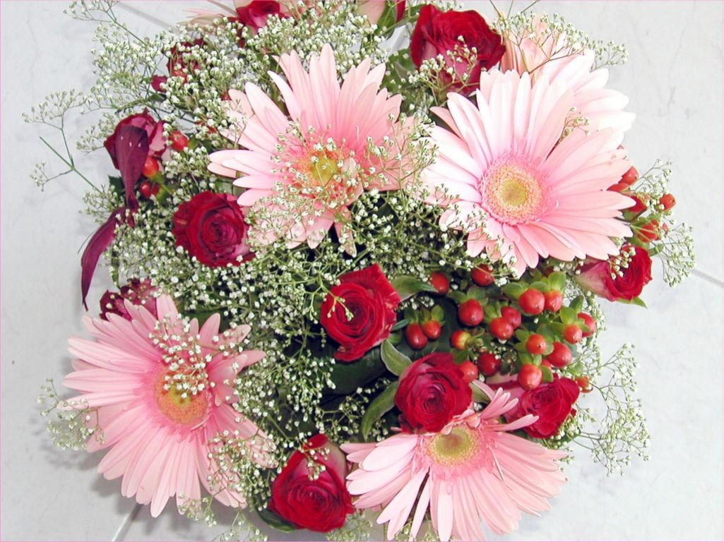 Valentine flowers wallpaper desktop httpwallawyvalentine beautiful flowers for valentines day flower picture izmirmasajfo Images