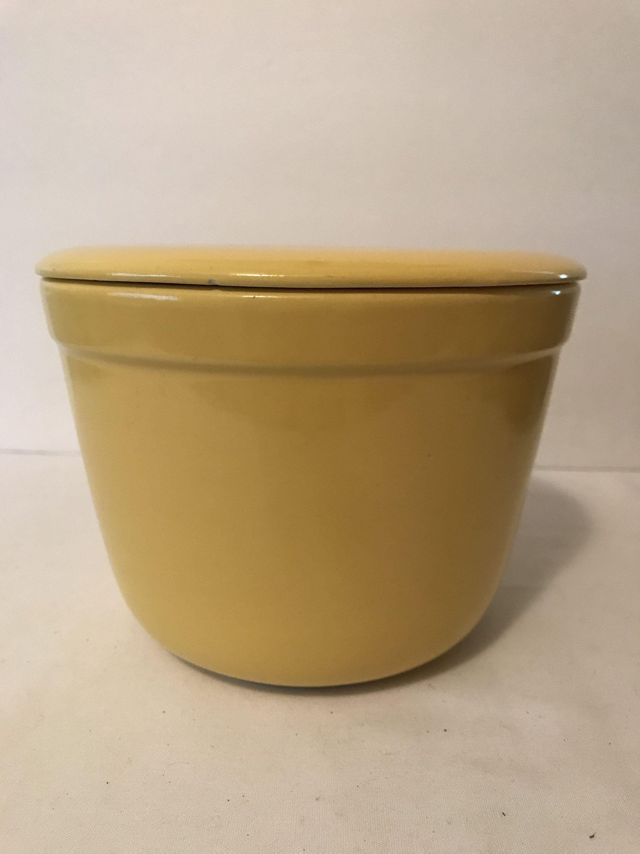 Vintage beautiful yellow  7 12 oxford ware mixing bowl.
