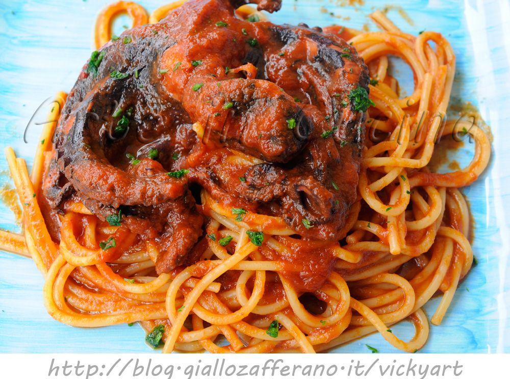 Spaghetti al sugo di polpo ricetta facile recipe pasta - Come cucinare la lepre al sugo ...