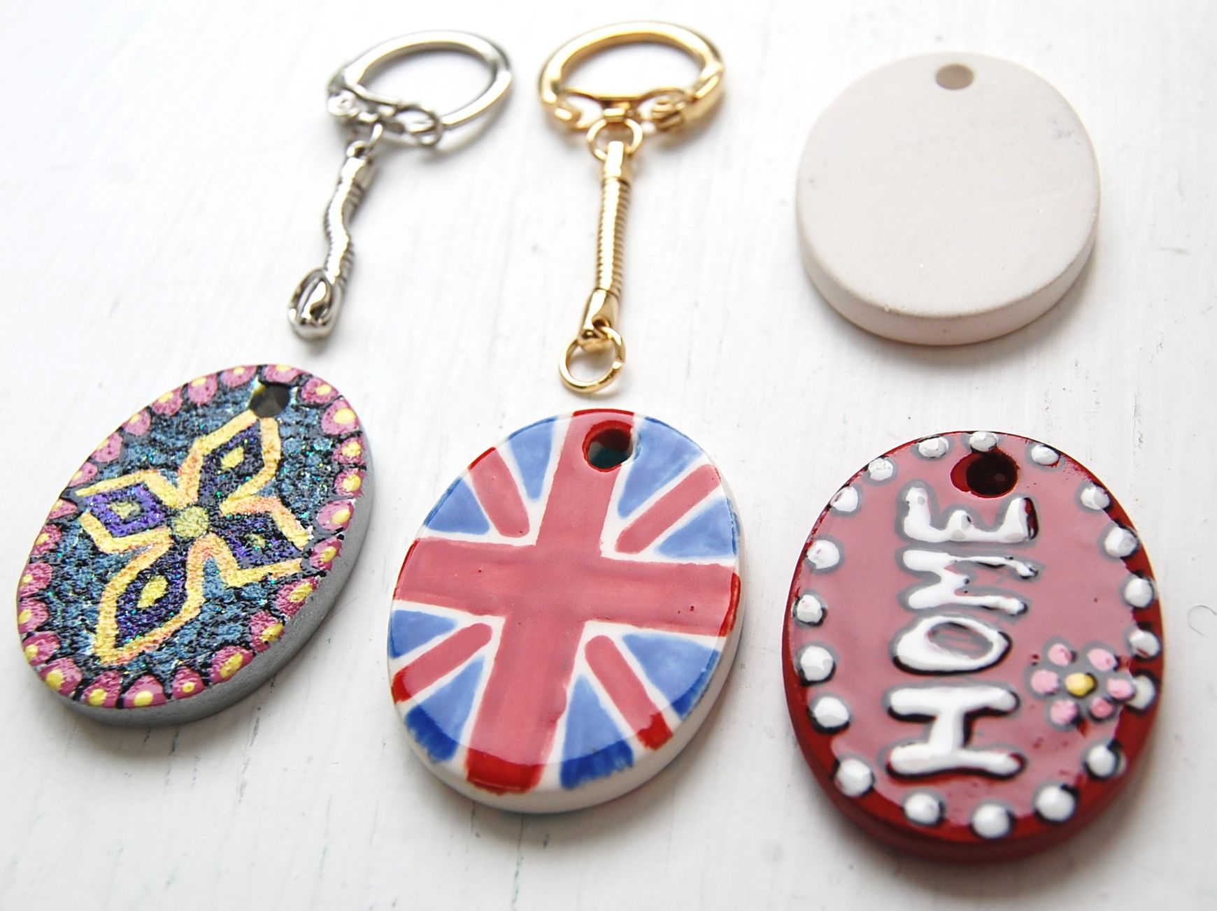 Make your own keyrings from our pottery pendants.