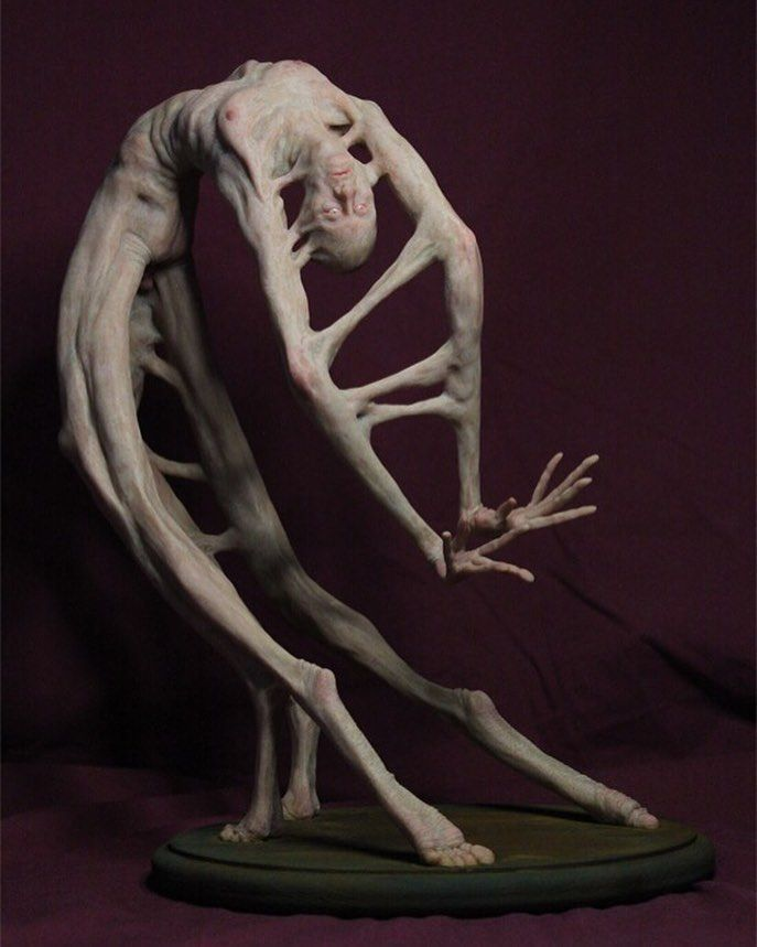 Twisted contortionist sculpture by @mattl21 #beinartcollective