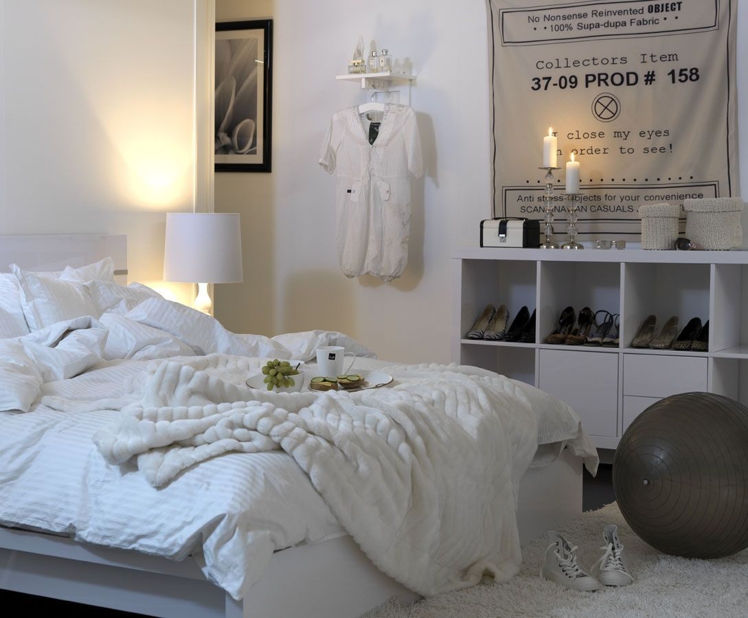 Pin by livia maisie on room inspiration pinterest for Minimalist bedroom pinterest