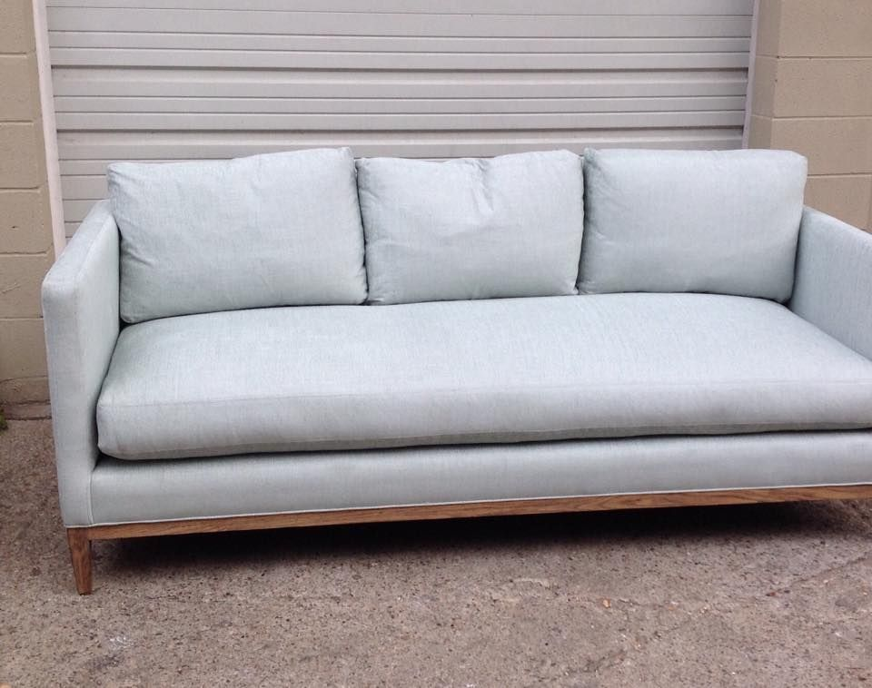 Lee Industries · 3583 Sofa In Vivaldi Seafoam