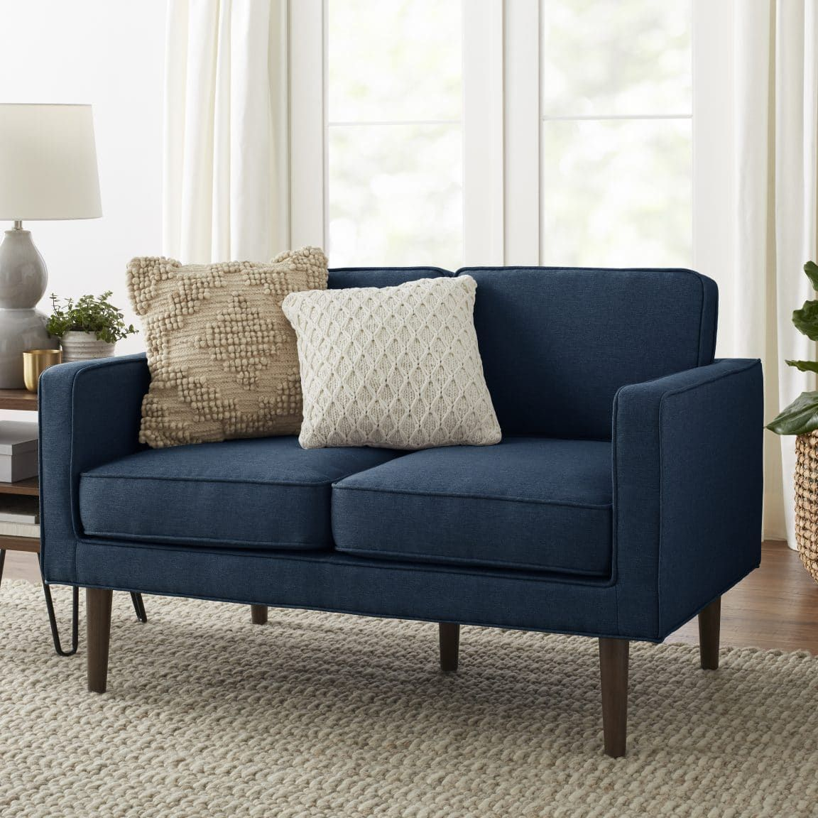 To Think That There Are Over 15 Different Types Of Couches And Sofas To Pick From Is Something I Would Have Nev Love Seat Types Of Couches