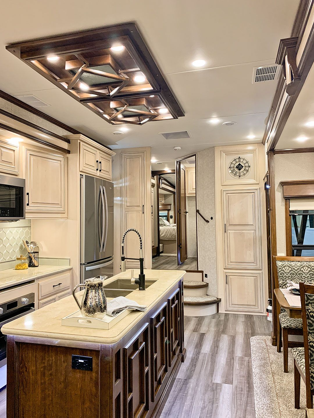 The Best Rvs Of 2019 Revealed At Rvx Luxury Rv Living Luxury Rv
