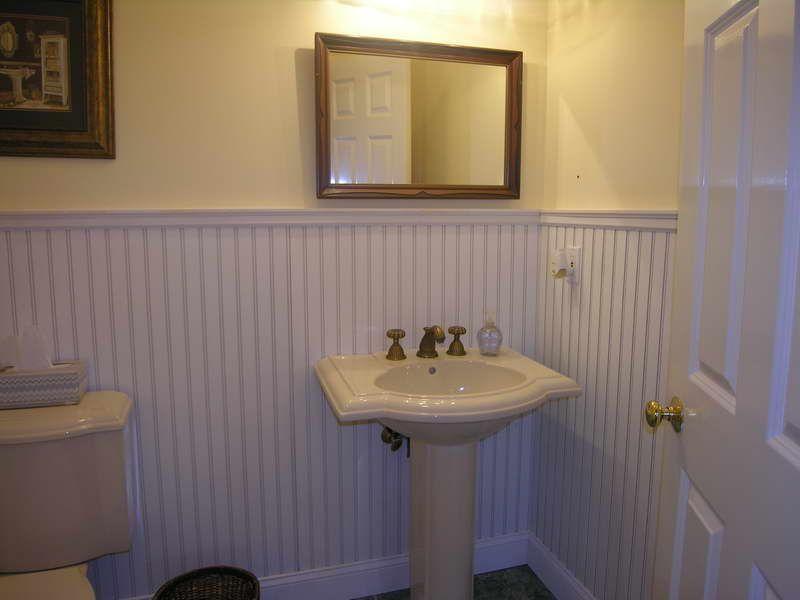 Ordinaire Beadboard Bathroom With Mirror Walls Ideas