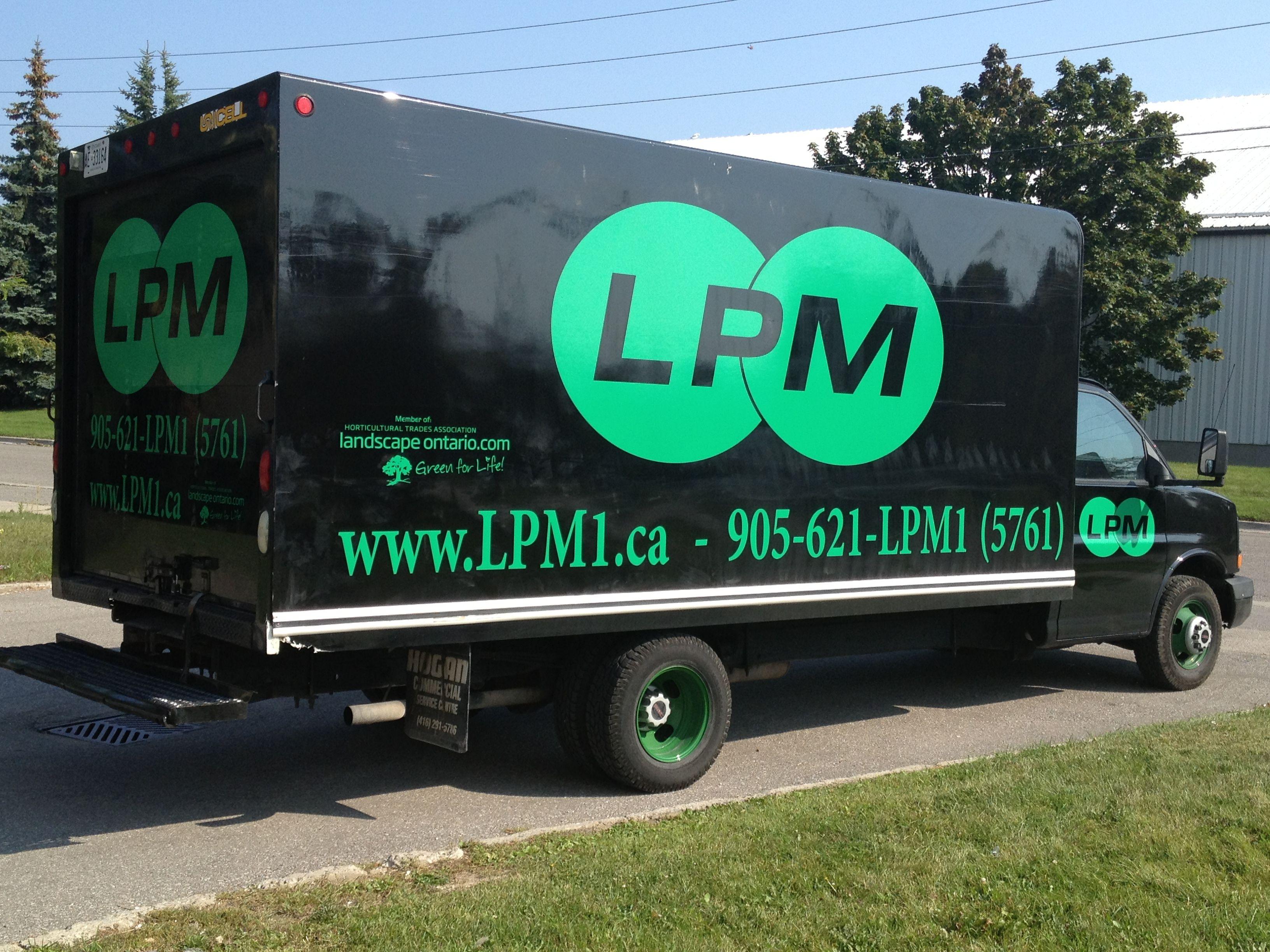 BOLD! This semi truck wrap done by Speedpro Imaging Oshawa/Durham ...
