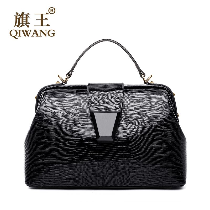 Qi Us Famous Brand Handbag Doctor Bag Retro Black Lizard Wood Belt Leather Bags Expensive Cow